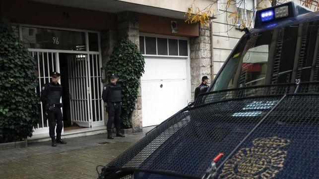 La Policía registra la casa y el despacho del expresidente catalán Jordi Pujol