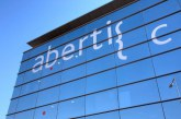 Hochtief cierra financiación por valor de 15.000 M. para comprar Abertis