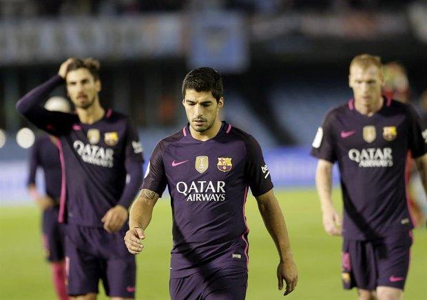 El Barcelona cae (2-0) y pierde la ocasión de ser líder