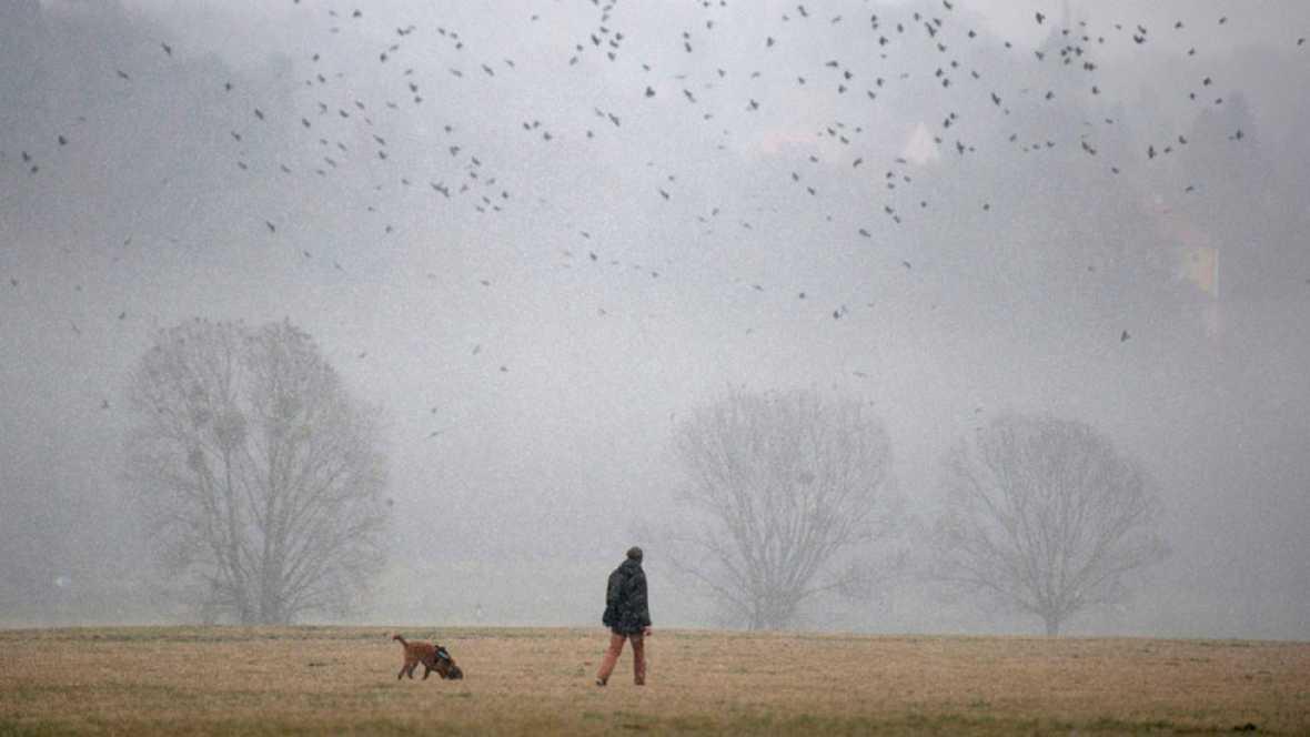 Cielos nubosos con lluvias y chubascos al final del día en el Cantábrico