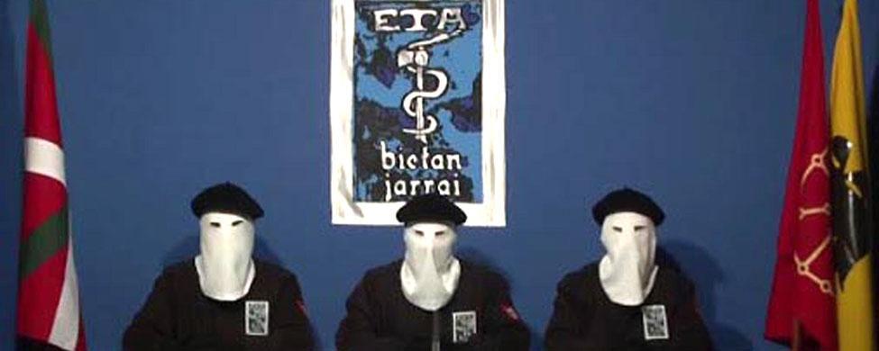 ETA anuncia un debate interno «para avanzar» sin aludir a la disolución