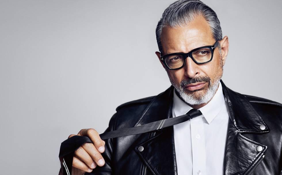"""El actor estadounidense Jeff Goldblum se ha unido al reparto de la secuela de """"Jurassic World"""", dirigida por el español Juan Antonio Bayona, informó hoy la edición digital de """"The Hollywood Reporter"""".  El intérprete retomará así el papel del matemático y consultor Ian Malcolm, al que ya encarnó en """"Jurassic Park"""" (1993) y """"The Lost World: Jurassic Park"""" (1997). se une al reparto de la secuela de """"Jurassic World"""""""