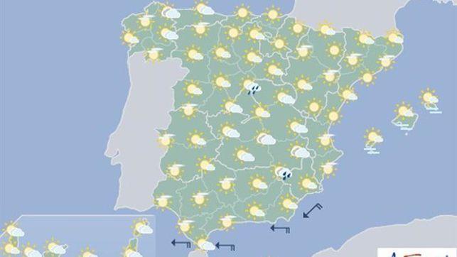 Hoy, tormentas en las dos mesetas y Cantábrico interior, en Navarra nubes medias y altas