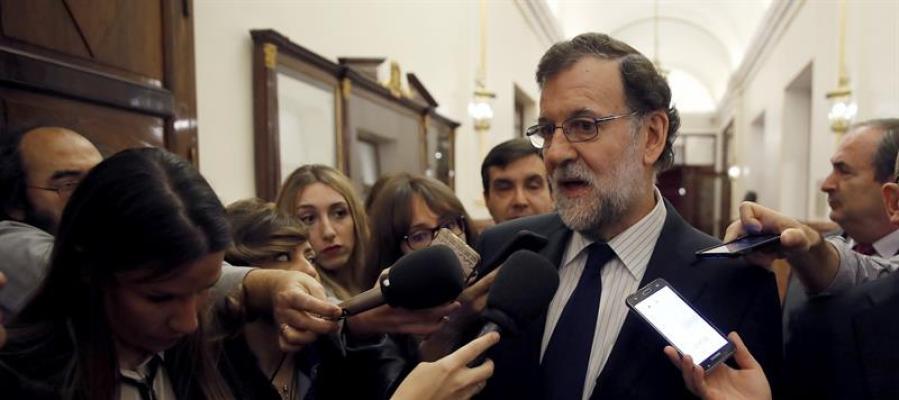 Rajoy dice que «sabe perfectamente lo que tiene que hacer en Cataluña»