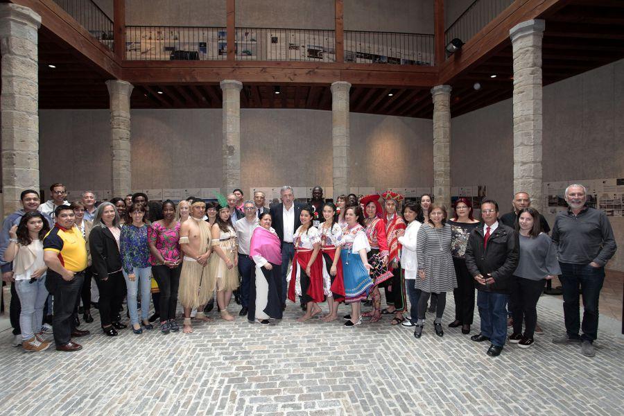 El Ayuntamiento recibe al Foro de la Diversidad Cultural de Pamplona