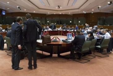 El Eurogrupo avala la intervención del Popular y desbloquea el rescate griego