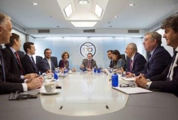Rajoy afirma tras la victoria de Sánchez que seguirá apostando por la estabilidad y los acuerdos