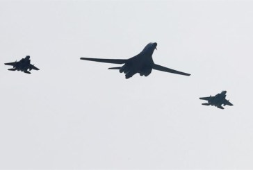 Bombarderos de EE.UU. participan en maniobras conjuntas con Corea del Sur y Japón en la península coreana