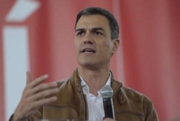 """Sánchez proclama que ha ganado el PSOE, que es más """"creíble y grande"""""""