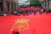 Concentración de protesta por el pacto de PSN con los nacionalistas en Navarra