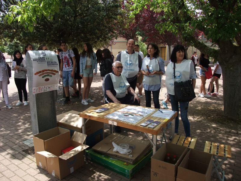 Benjamín de Tudela colabora con el Banco de Alimentos y la Fundación Proyecto Hombre