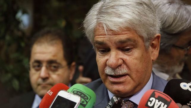 Dastis cree que el referéndum catalán no lleva a ningún sitio y no se celebrará