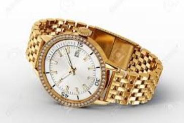 Le roban en la calle en Fitero un reloj de oro a un anciano tras proponerle relaciones sexuales