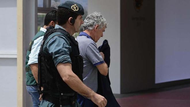 Detenido Villar y el resto de la cúpula de la Federación Española de Fútbol en una operación anticorrupción