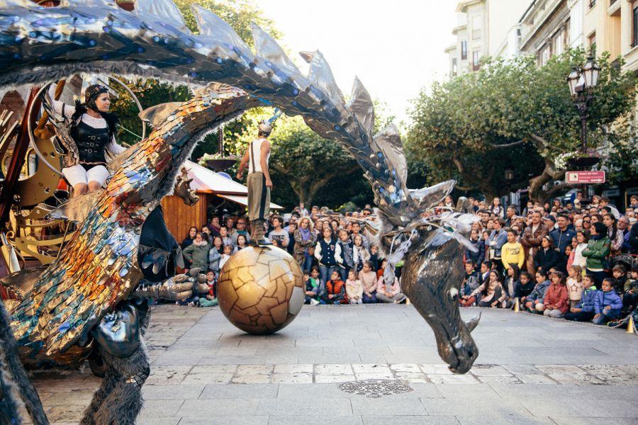 AGENDA San Fermín 2017: 13 de julio, en Carlos III, última actuación del 'teatro de calle'