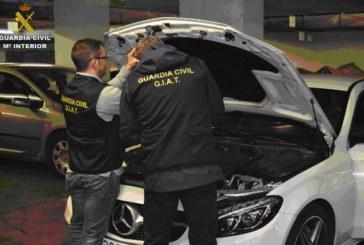La Guardia Civil detiene a 23 personas por simular operaciones de compraventa de vehículos