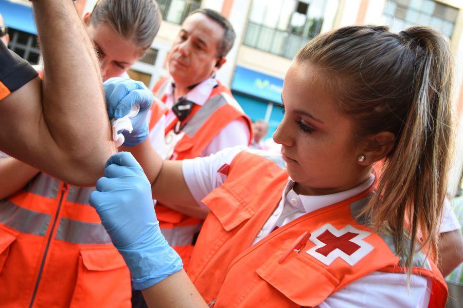 49 atenciones de Cruz Roja en el tercer encierro con 4 traslados al CHN
