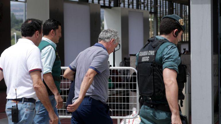 La UCO busca documentos en Rivas con relación al caso de Ángel María Villar