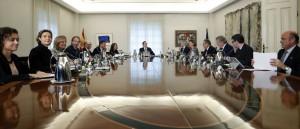 Rajoy cesa a todo el Govern y convoca en diciembre a elecciones en Cataluña