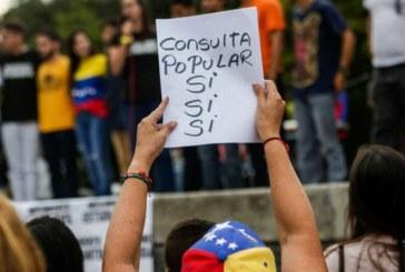 La oposición lanza su mayor desafío a Maduro en un referéndum simbólico contra la Constituyente