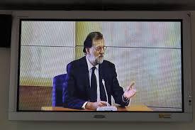 """Cerdán (PSN) destaca dos fotos de la vergüenza"""" en la declaración de Rajoy en la AN"""