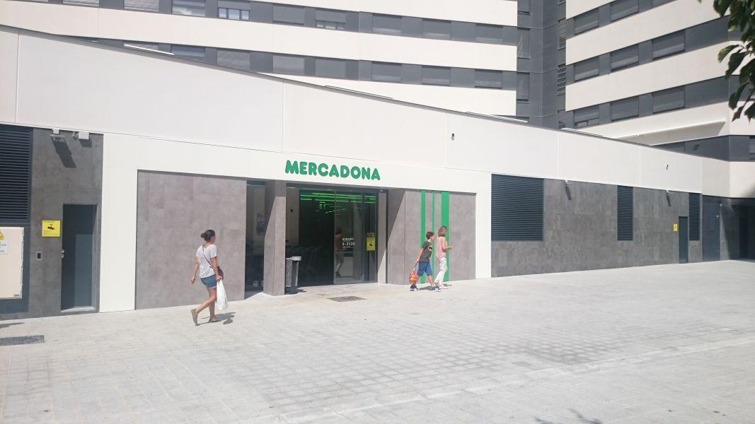 Mercadona Inaugura Su Nuevo Supermercado En Pamplona Navarra