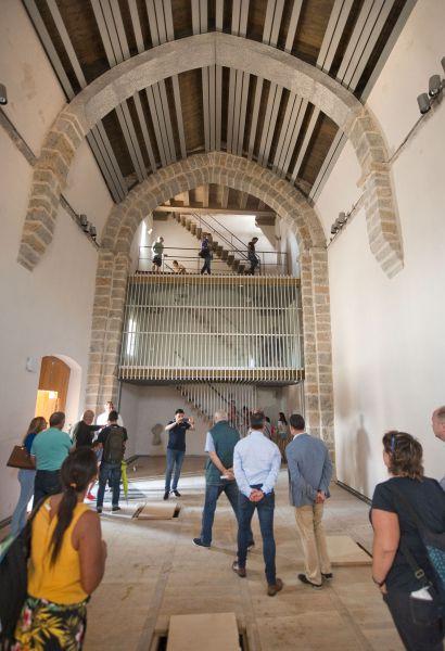 Barkos destaca en Sarriguren la reurbanización de su pueblo viejo como un ejemplo de urbanismo social y sostenible