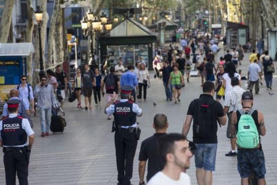 La policía registra la casa del imán de Ripoll buscando pistas de los atentados