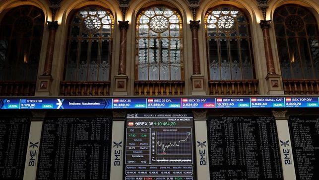 El Ibex sube el 0,37 % y alcanza los 10.100 puntos por Wall Street y el euro