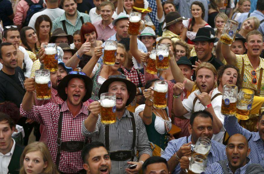 La Oktoberfest de Múnich abre con reforzadas medidas de seguridad y nubarrones