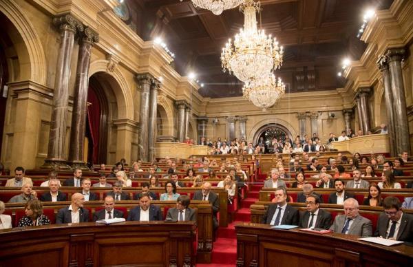 Una encuesta de La Razón afirma que los soberanistas perderían hoy la mayoría parlamentaria