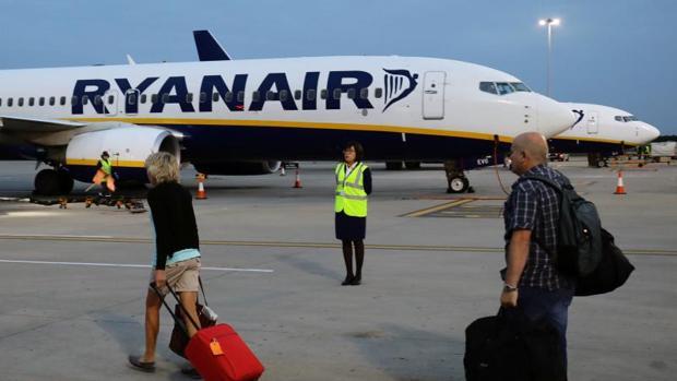 Empieza huelga de pilotos de Ryanair en Europa con miles de afectados