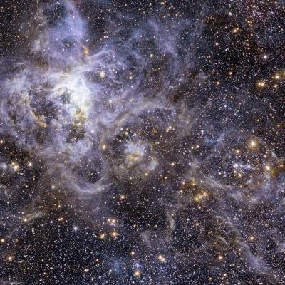 La pequeñez del ser humano no impide conocer universo, subraya una astrónoma Chilena