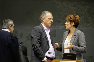 Araiz, portavoz de Bildu, junto a Bartxo Ruiz