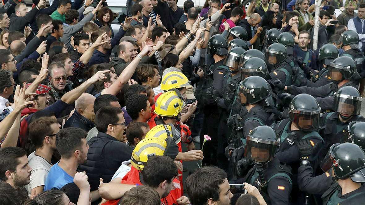 Detenida la persona que lanzó una silla a un guardia civil el 1-O en Sant Joan de Vilatorrada