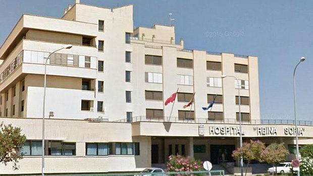 El PPN denuncia la «estampida» de profesionales sanitarios del Hospital Reina Sofía