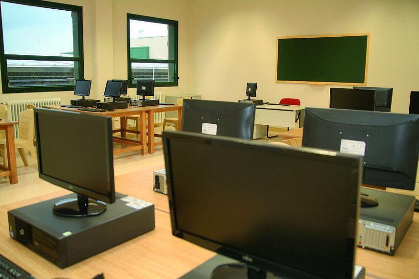 Ayudas de 135.645 euros para  programas y adquisición de material informático por parte de asociaciones juveniles