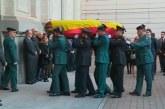 La Fiscalía abre la capilla tras la llegada de los restos mortales de Maza