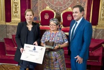 La Presidenta Barkos preside la entrega del Premio Internacional Navarra a la Solidaridad al movimiento mundial La Vía Campesina