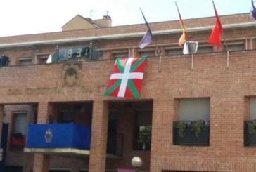 El TAN anula la colocación de la ikurriña en la fachada del Ayuntamiento de Barañain