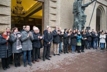 Zaragoza guarda un minuto de silencio por el homicidio de Víctor Laínez