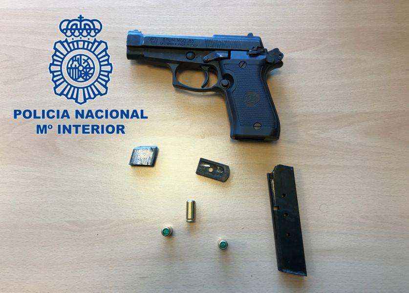 La Policía Nacional detiene in fraganti al atracador de un salón de juegos en Granada