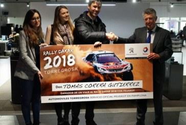 Automóviles Torregrosa entrega el premio de un viaje al Rally Dakar 2018