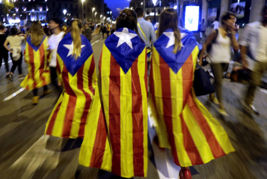 El sí a la independencia cae al 46,7% y el no sube al 44,9%, según un sondeo