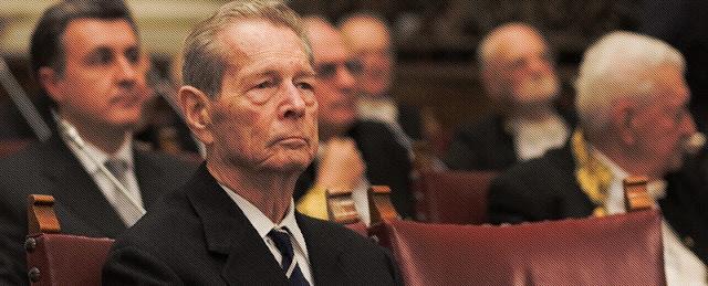 Rumanía rinde el último homenaje al rey Miguel I con un funeral de Estado