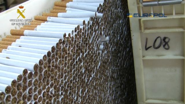 La Guardia Civil desmantela una fábrica de tabaco con una producción ilegal de más de 2 millones de cigarrillos