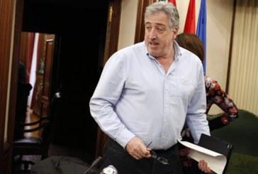Asirón remodela el equipo de gobierno y expulsa a I-E y Aranzadi
