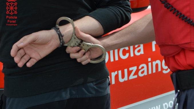 Detenido en Murchante por negarse a las pruebas de alcoholemia y agredir a los agentes