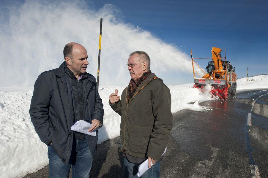 Ayerdi visita Belagua para conocer el dispositivo invernal