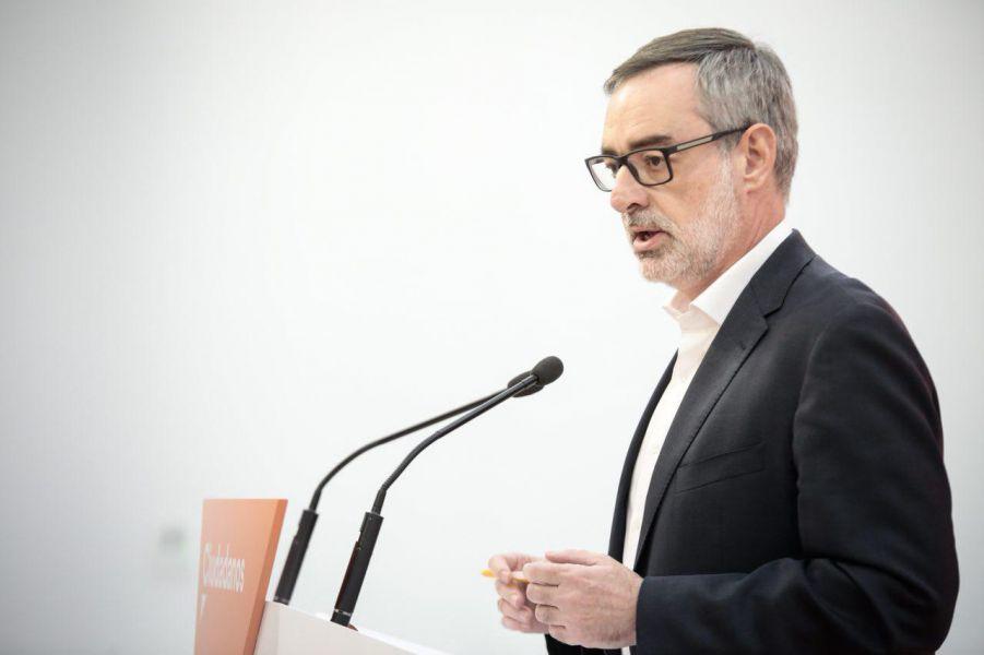 Villegas: «Exigimos al PP que cumpla el pacto de investidura y reclame a Barreiro que deje su acta como senadora»